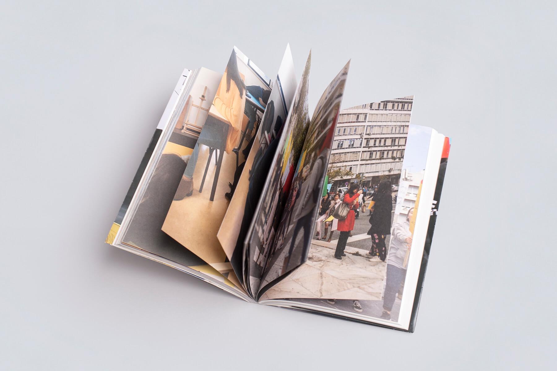acessibilidade como construir uma identidade fotografia fabio cunha galerias municipais interior
